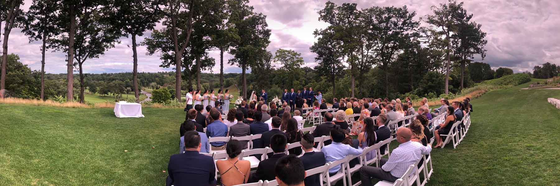 Outdoor-Wedding-Ceremony-Credit-Valley-Golf-and-Country-Club