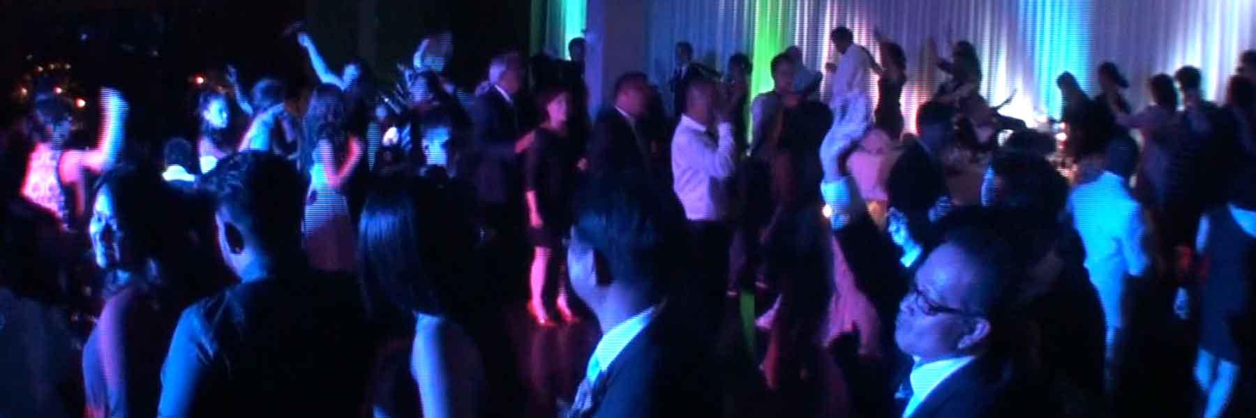 Wedding-Dj-Toronto-Packed-Dancefloor-Bayview-Golf